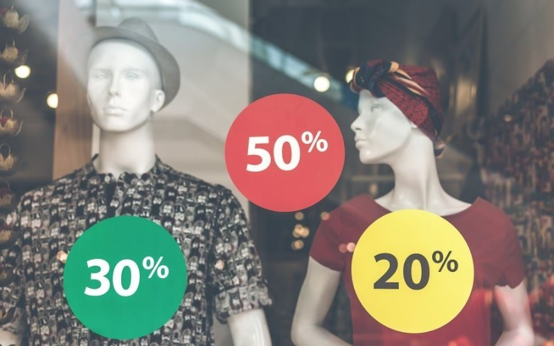 Sales at the mall - How to Quit Fast Fashion