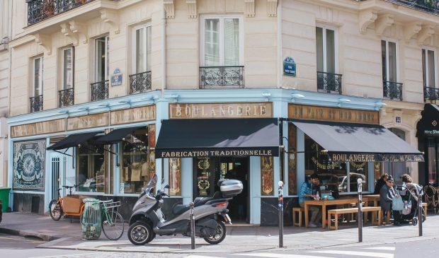 Organic bread shop in Paris