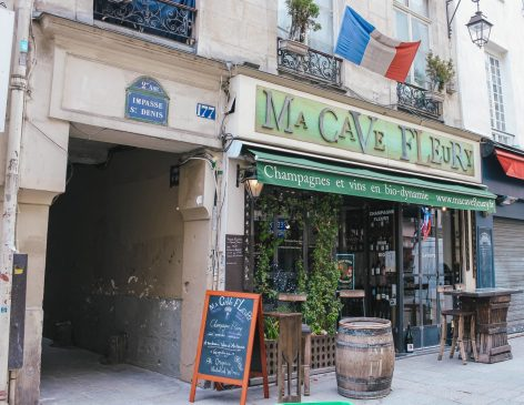 Organic bio-dynamic wine Paris