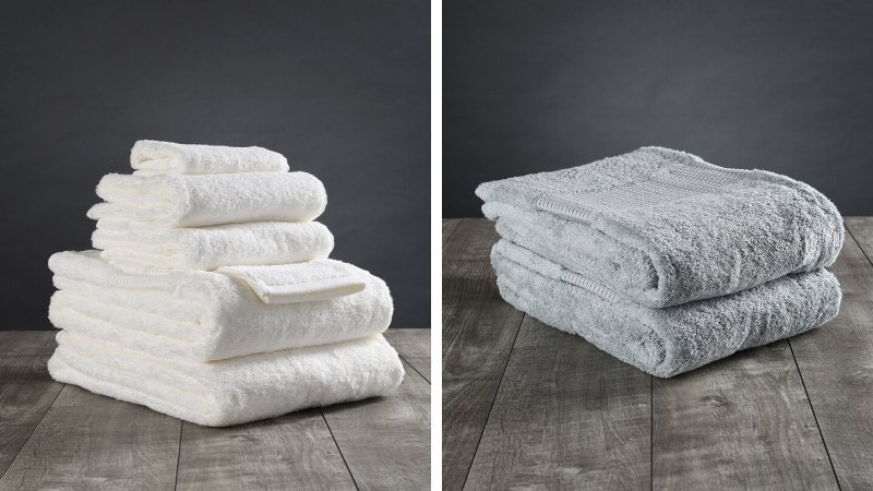 Plush organic cotton towels in white and light blue