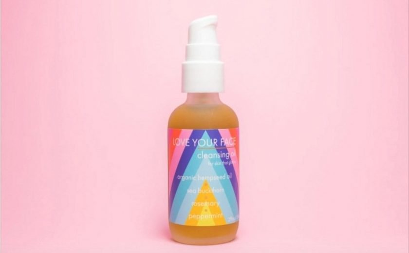 Zero waste all natural makeup remover from EcoRoots
