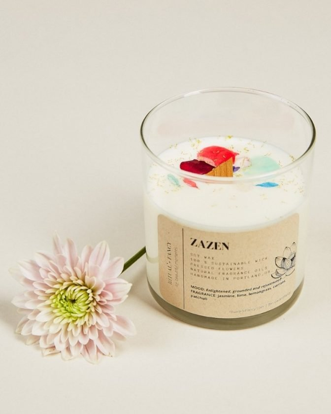 Sustainable stocking stuffers - soy candle