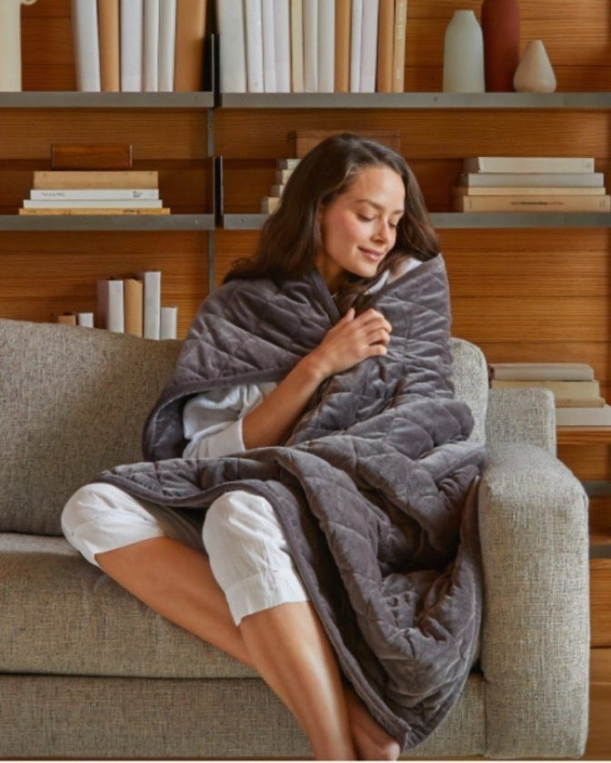 Organic weighted blanket from Saatva
