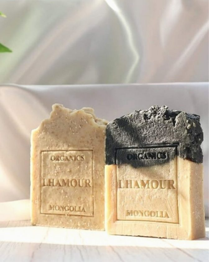 Lhamour organic and zero waste skincare brand from Mongolia