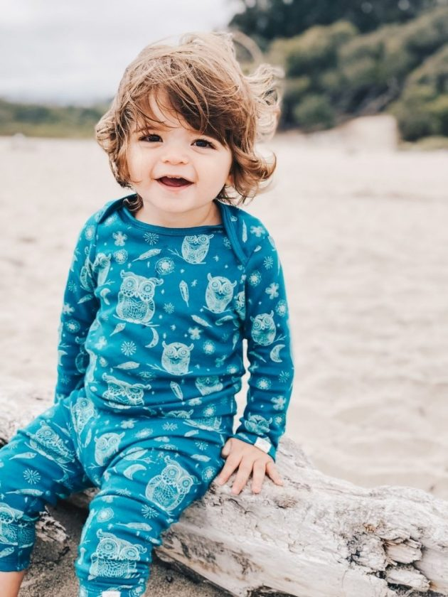 Baby with sustainable and eco-friendly clothing from Little Lentil Clothing