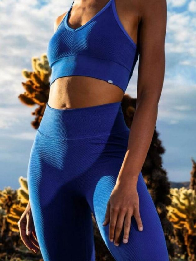 Blue sustainable active wear outfit from Vyayama